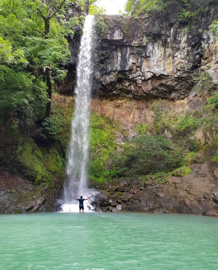 Cascada-la-esmeralda-escondida-mi-guia-panamá