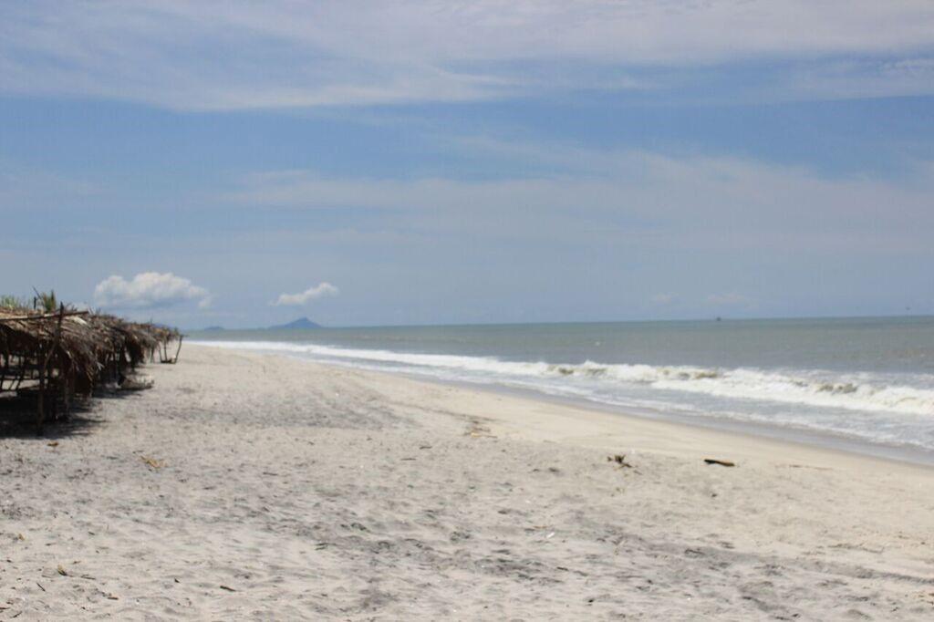 playa gorgona- mi guia panama