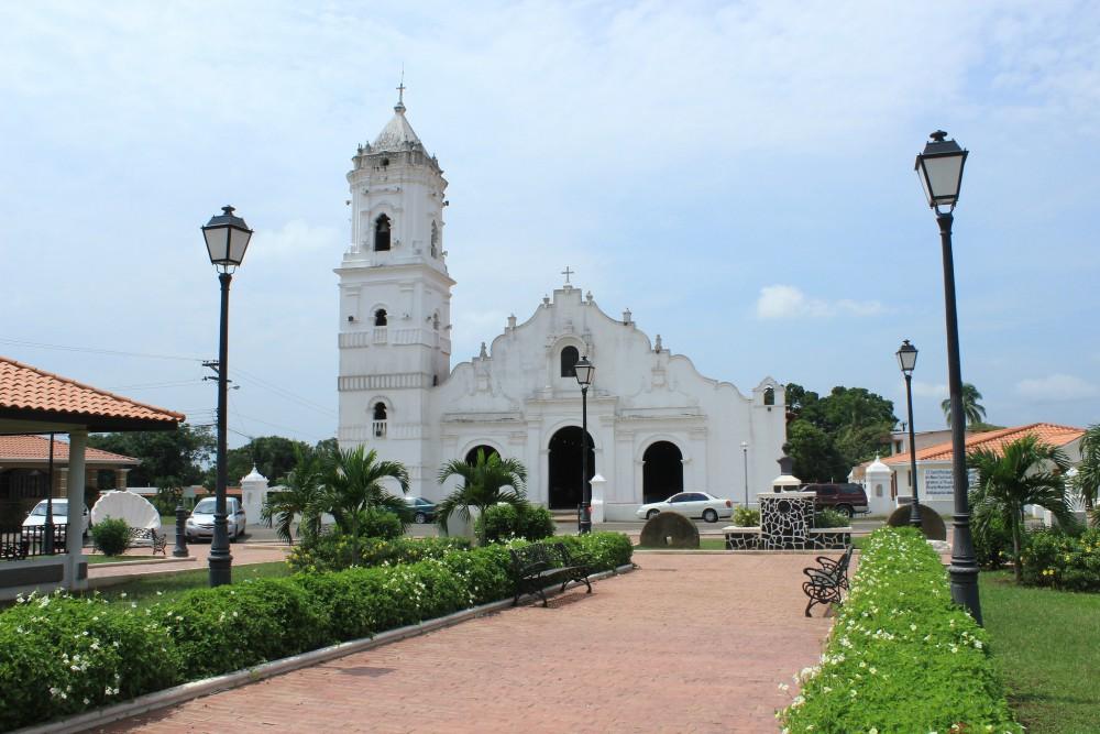 IglesiasdePanamá-Basilicasanjuanapostol
